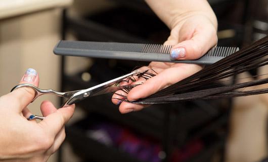 Akohair Haare schneiden